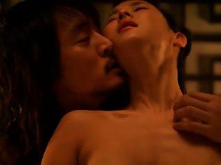 妃(2012)jo yeo jeong scene2