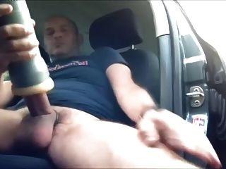 超级浓密的公鸡在汽车里抢