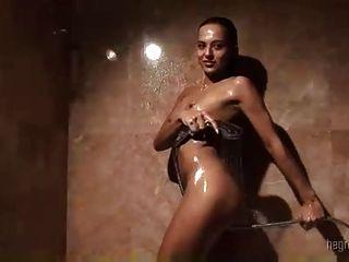 在洗澡的乐趣... kyd !!!