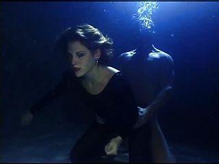 水下性俘虏2