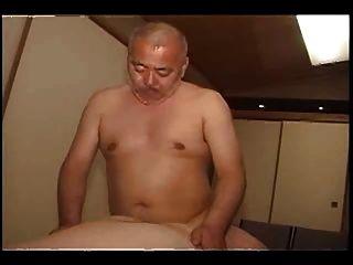 日本成熟的爸爸