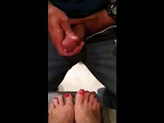misshotwife让丈夫暨在我的橙色画的脚趾