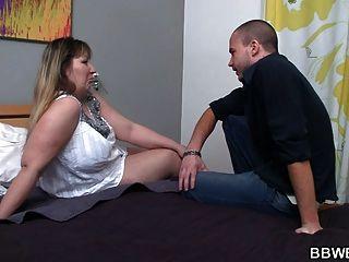 家伙邀请胖女人他妈的