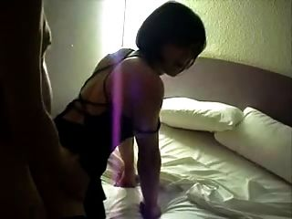 丝袜中的平胸女士被钉牢