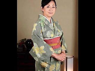 成熟的日本女性