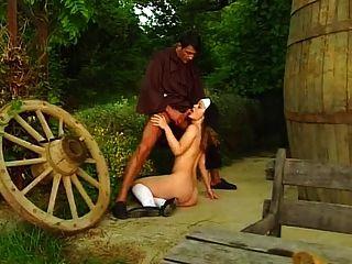 更肮脏的习惯修士和修女