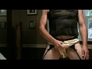 内裤男孩玩金缎内裤第1部分