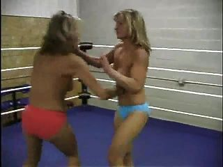 裸体成熟n milf摔跤(2场比赛)