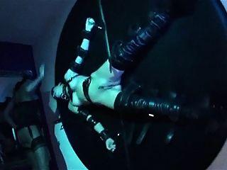 甜蜜的提交goth恋物鞭音乐视频