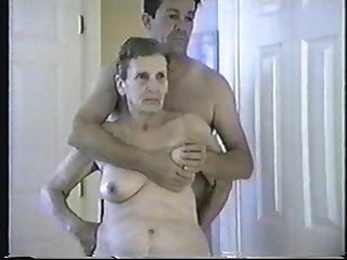 华丽的老奶奶海伦,舔舔,吸吮和他妈的