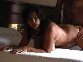 作弊真正的妻子在酒店的sextape