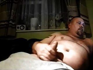 大肚子与大肥胖的公鸡
