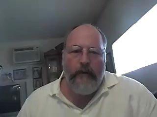 毛茸茸的裸体爸爸在凸轮上