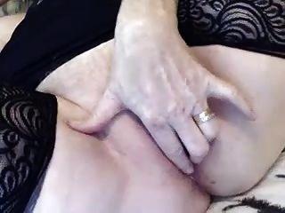 角质奶奶手淫在凸轮上(很热!)