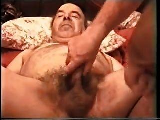 巴里终于得到了他的屁股被威廉伸展