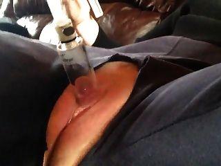 蓬松的阴道泵阴茎高潮收缩