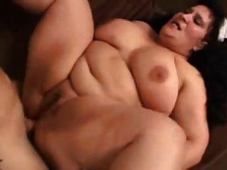 bbw爱肛门和暨口中