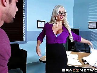 性感的眼科医生他妈的一个病人