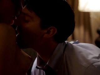 玫瑰切割器裸体胸部在性系列的主人