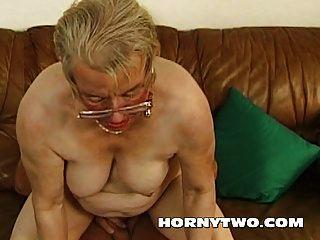 湿的胖胖老奶奶他妈的年轻的小伙子高兴