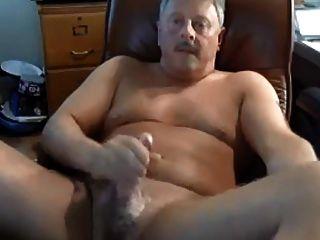 热爸爸打倒了