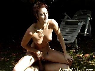 法国青少年捡起肛交