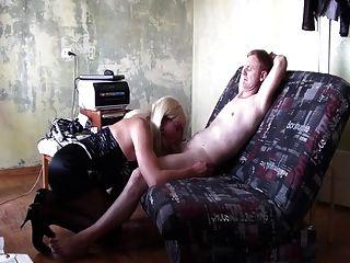 成熟的俄语易装癖者