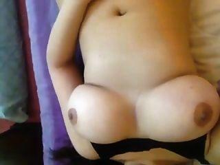 印度阿姨可爱的巨大胸部