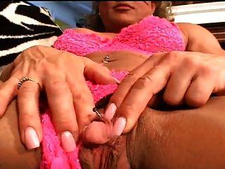 巨大的阴茎手淫像阴茎一样