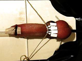 电子酷刑与球夹紧