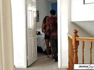 jessica jaymes和liv改造他妈的一个大鸡巴,大赃物