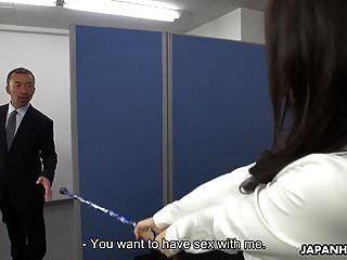 亚洲办公室女士使用魔法得到一个凌乱的体内射精