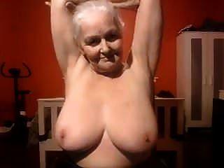 奶奶我喜欢他妈的