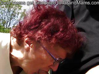 80岁德国奶奶吸吮公鸡