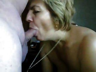 他妈的嘴巴成熟了