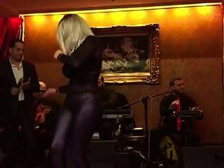 阿拉伯朋友跳舞