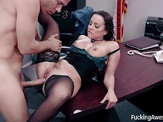 秘书阿比盖尔马克乱搞她的老板