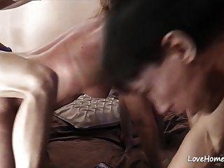 小山雀金发小鸡喜欢得到性交.mp4