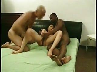 业余mmf三人组亚洲妻子分享