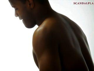在scandalplanetcom上的ryder skye裸体蒙住眼睛的性爱场面