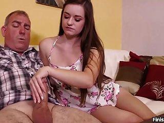 性感的青少年抽搐一个成熟的男人